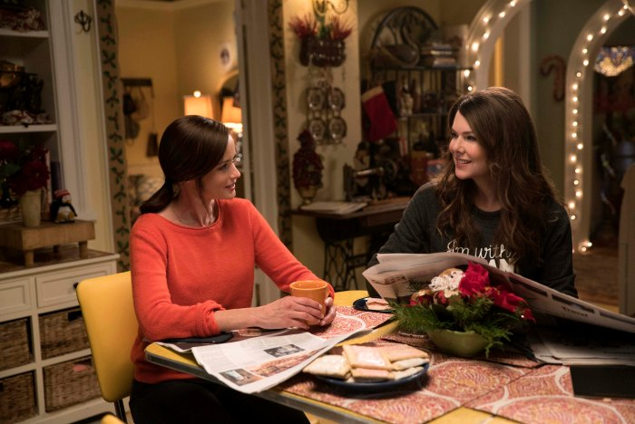 Meryl Rorys Baby Jess Scott Patterson Pitches New Gilmore Girls Story