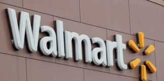 Walmart Labor Day Hours 2021 Near Me: Is It Open or Closed Today?